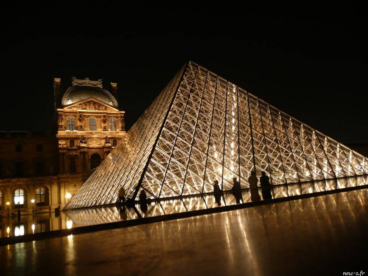 Reportage photographique d'architecture au Louvre réalisé par Alexis Zimmermann Photographe Professionnel à Strasbourg en Alsace